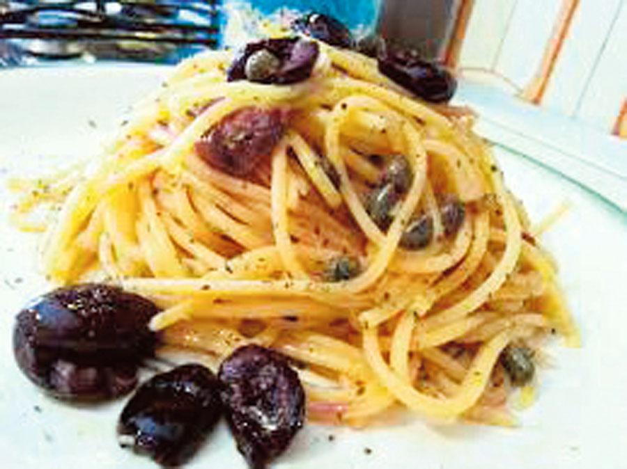 Espaguetis a la aceituna