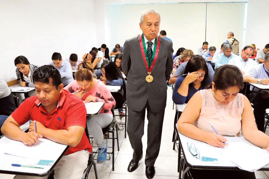 Examen para aspirantes a jueces y fiscales