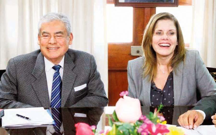 Mercedes Araoz y Premier Villanueva