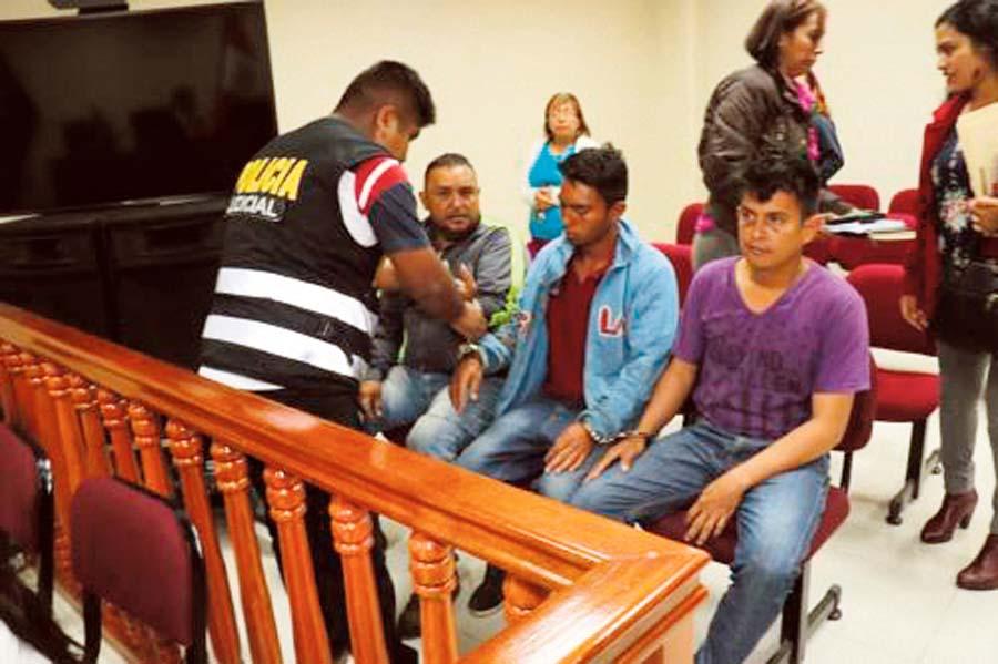 Encarcelan a tres venezolanos por robo