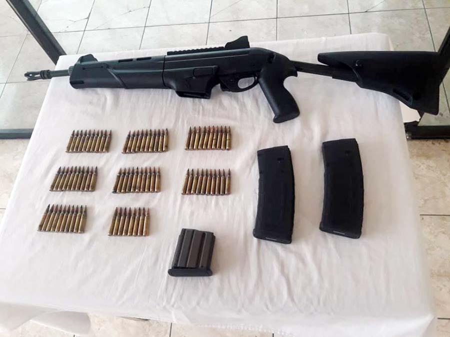 Armas encontradas a 'Gringasho'