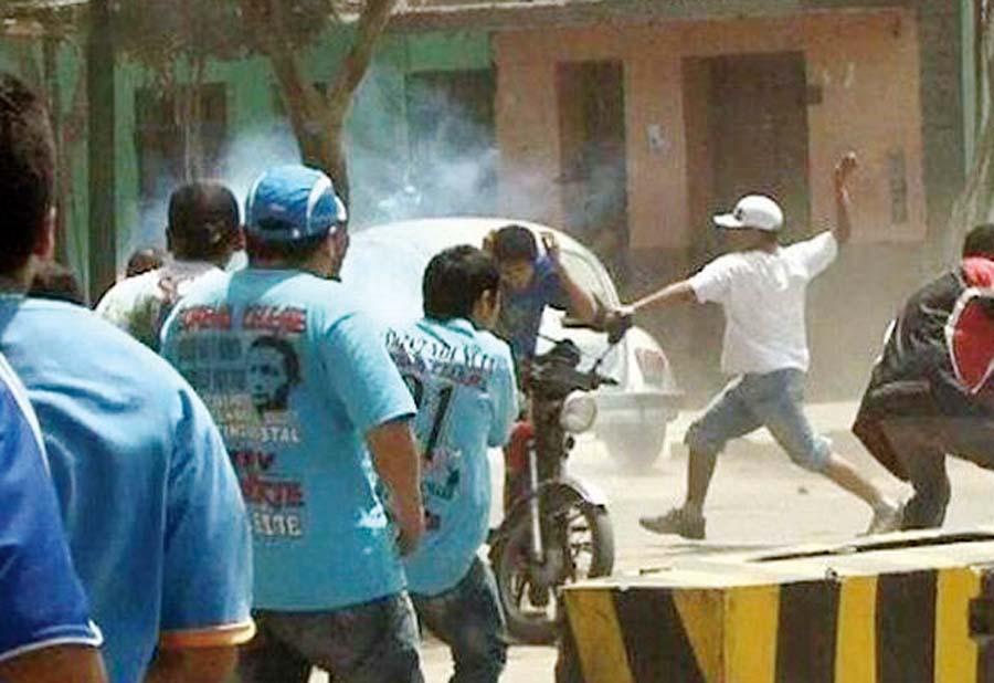 Barristas desatan terror en el Alberto Gallardo