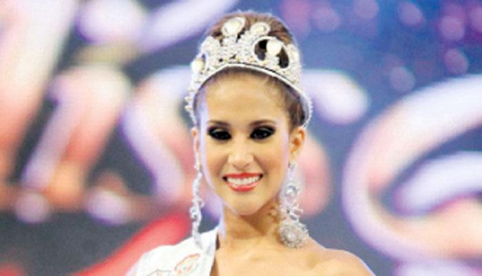 Melissa Paredes