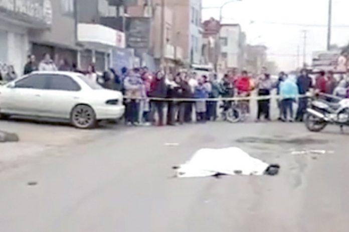 Hombre muere baleado al salir de chicharronería