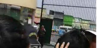 Enfrentamiento contra los policías.