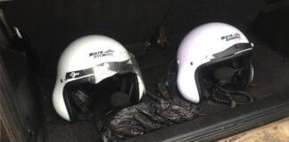 Cascos de seguridad de los tripulantes.
