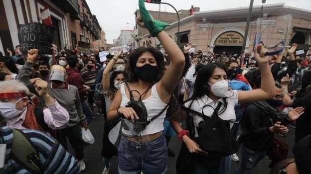 Más de 50 personas fueron detenidas en protesta contra vacancia