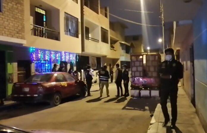 Sicario asesinó a tiros a tres sujetos y dejó dos heridos