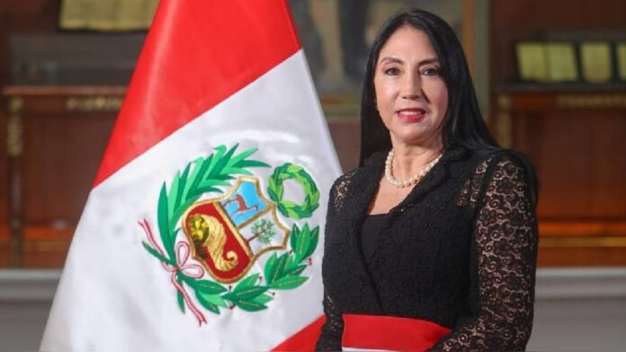 Ministra de Relaciones Exteriores, Esther Astete Rodríguez