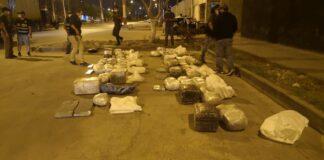 "Policía frustra ""pase"" de harta droga oculta en camión cisterna"