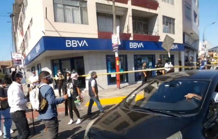 Policías frustraron fuga de tres asaltantes de banco