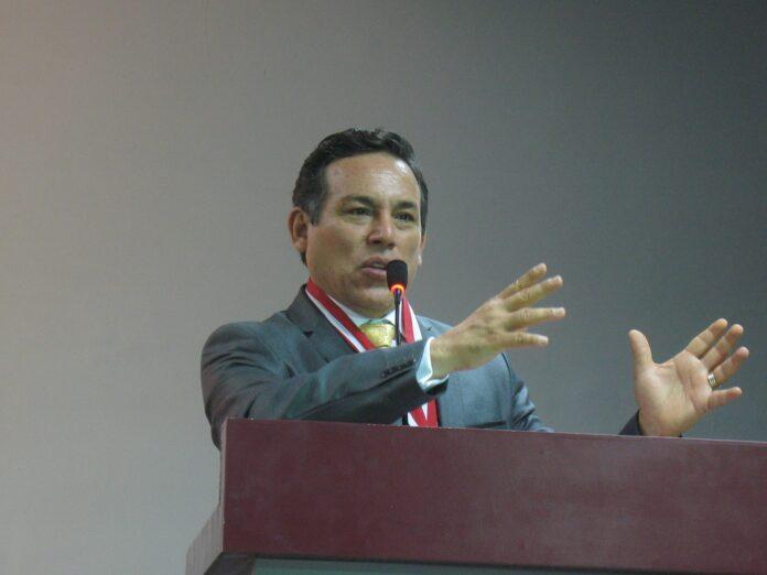 Luis Hurtado Valencia