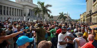 Cubanos toman las calles, se cansaron de la dictadura