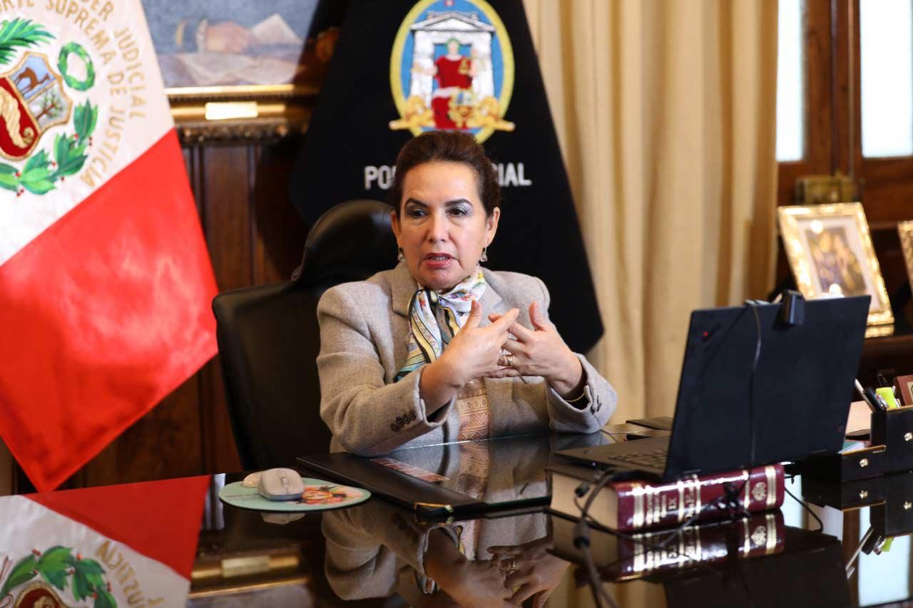 Parlamentario denuncia a presidenta del Poder Judicial
