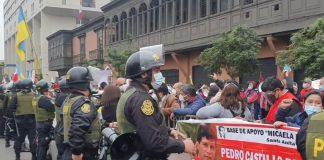 Avenida Abancay fue escenario de nuevos enfrentamientos