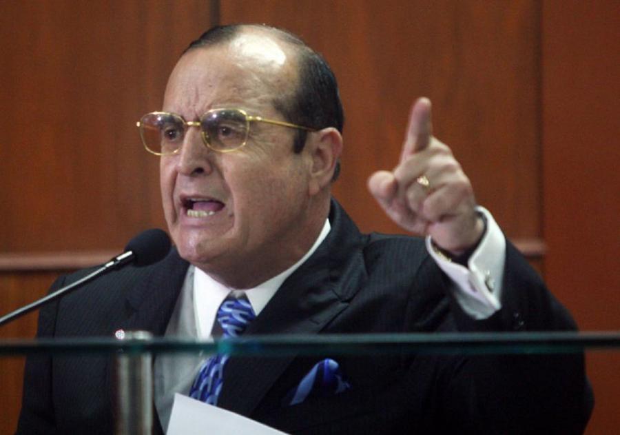 Piden que solo Montesinos se quede en el penal Ancón II