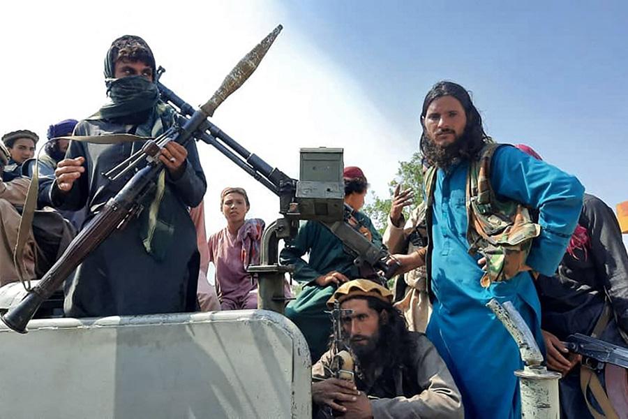 Afganistán: Ataque terrorista en el aeropuerto de Kabul
