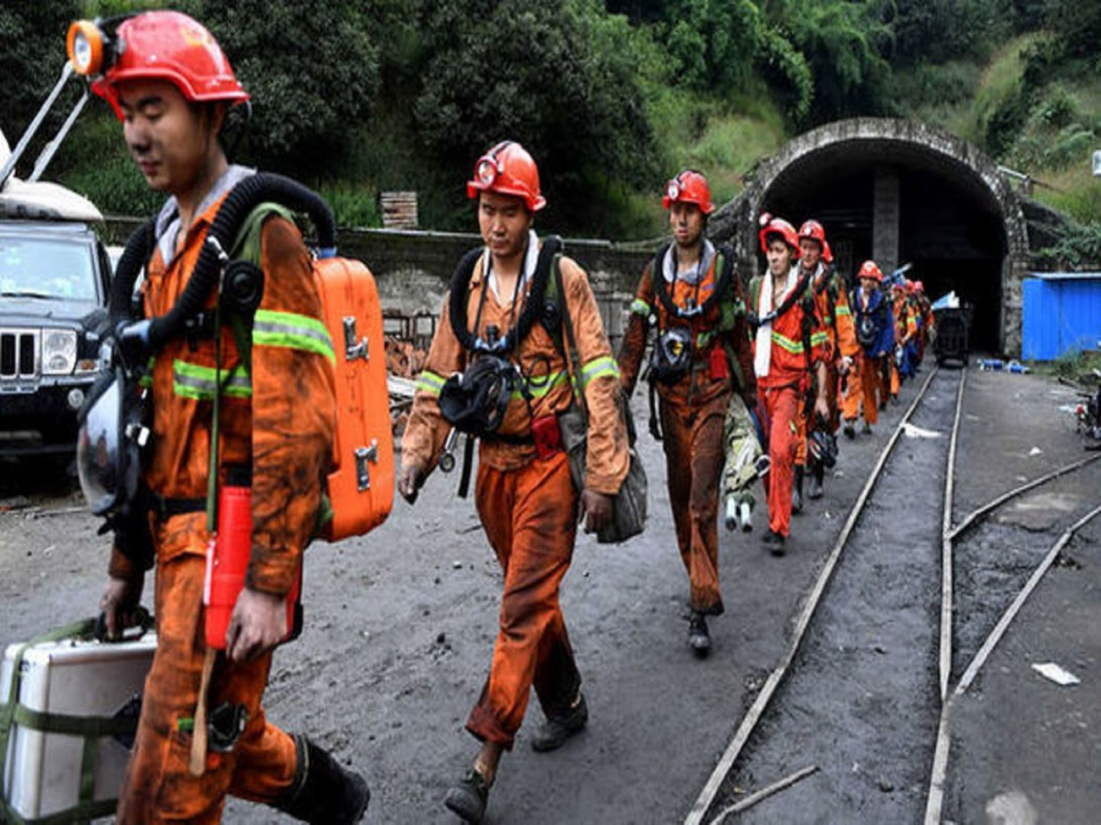 China: hallan 19 mineros muertos tras varios días atrapados en mina