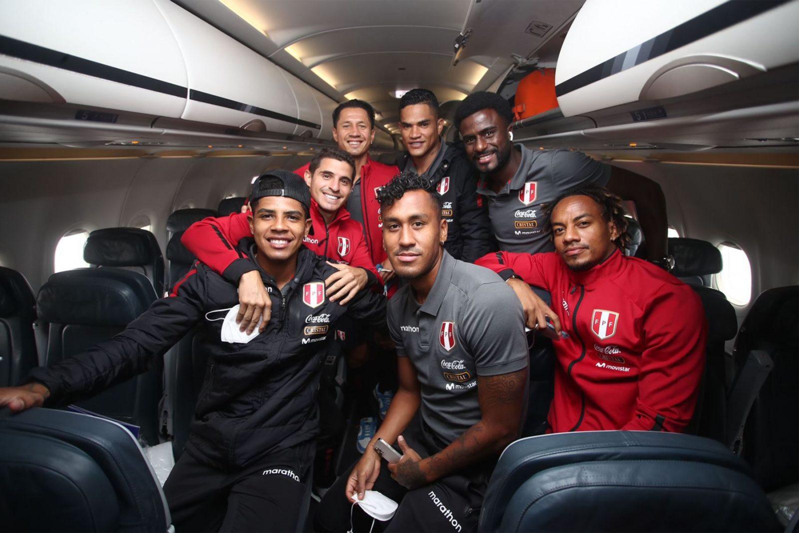 Selección peruana viaja a Brasil para enfrentarse por Eliminatorias