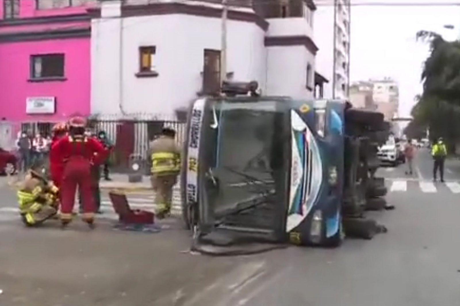 Accidente de tránsito en Lince deja al menos 18 heridos
