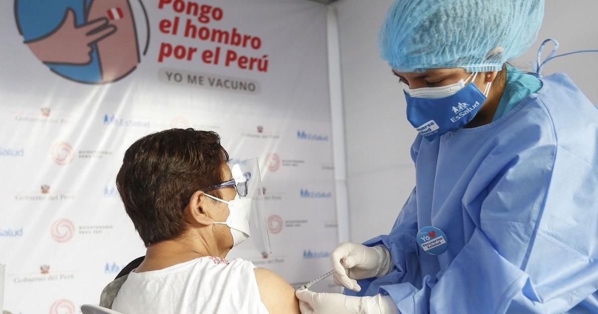 Más de 800 mil personas mayores de 60 años aún no se han vacunado