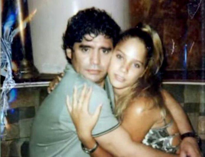 Diego Maradona con Mavys Álvarez