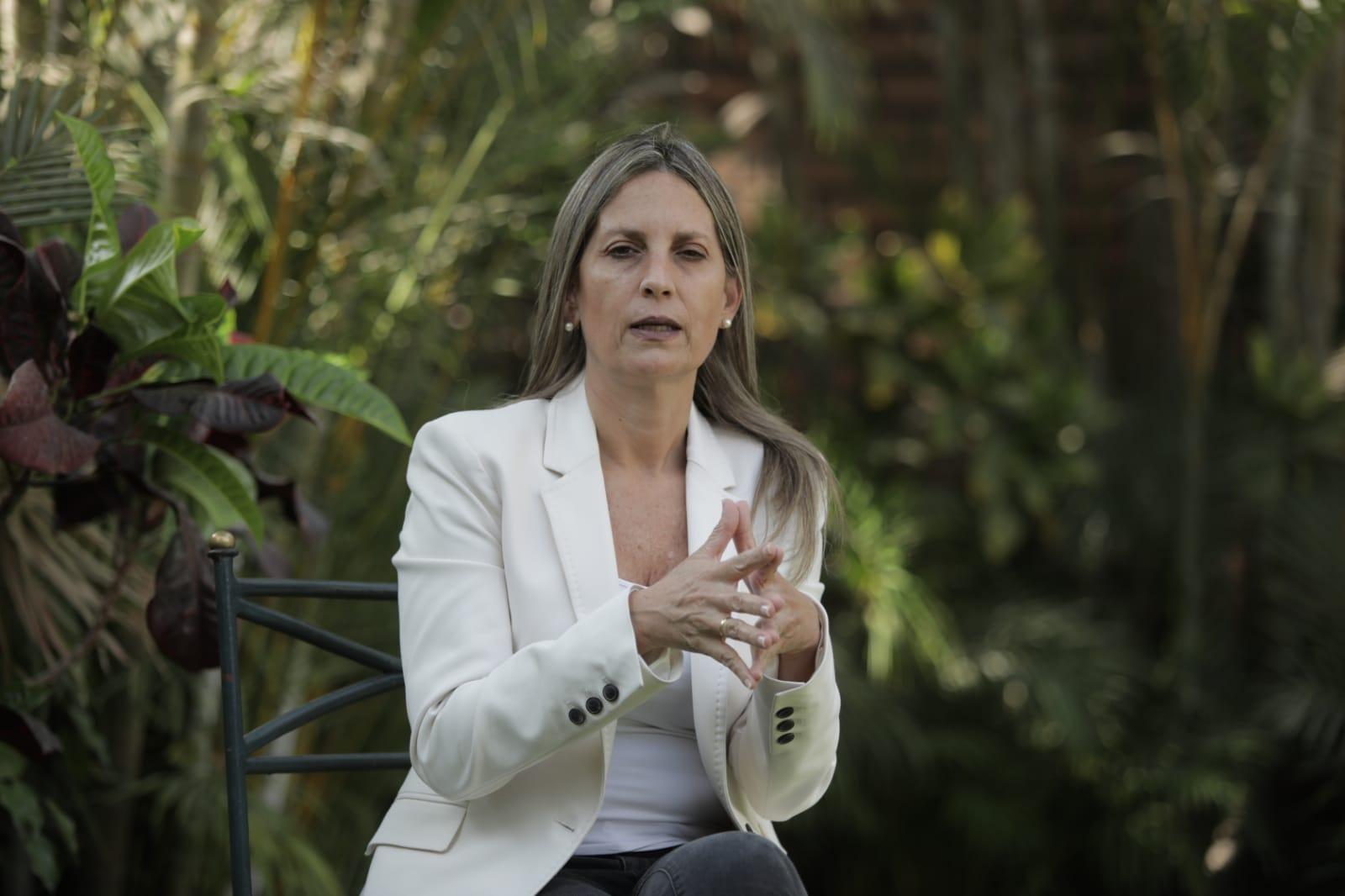 María del Carmen Alva: La calle pide vacancia