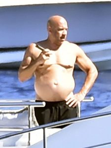 Vin Diesel sorprende con nuevo físico