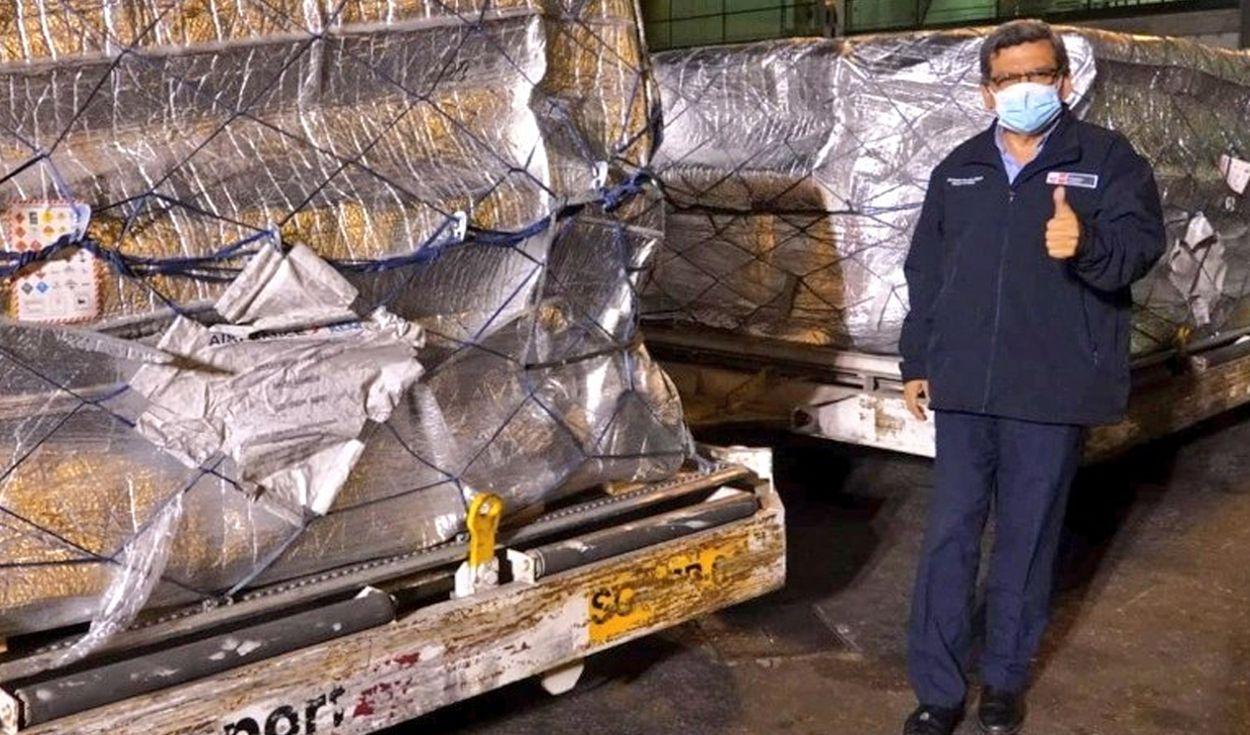 COVID-19: Llegan más de 600 mil dosis de Pfizer al Perú