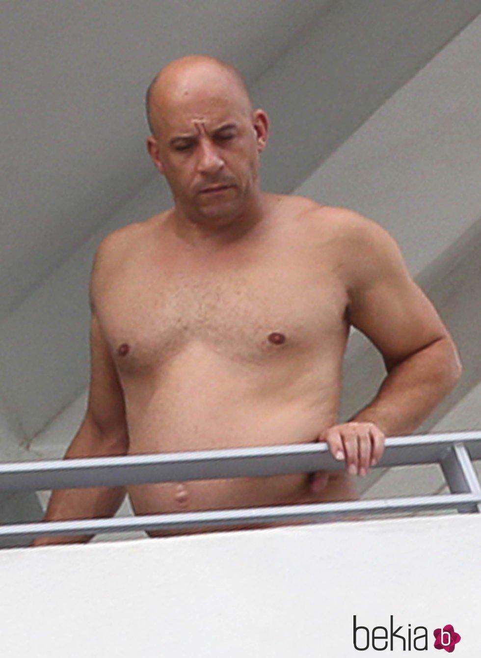Vin Diesel mostró su pancita de papá