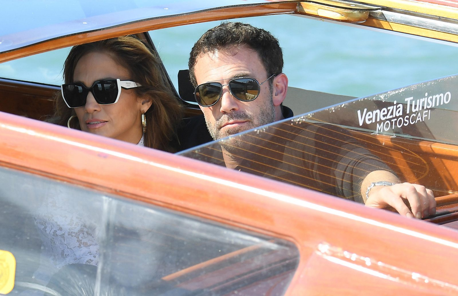 Jennifer López y Ben Affleck pasean por Venecia