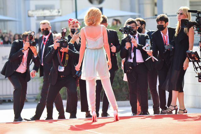 Kristen Stewart enamora en Venecia y se acerca al Oscar por su Diana en 'Spencer'