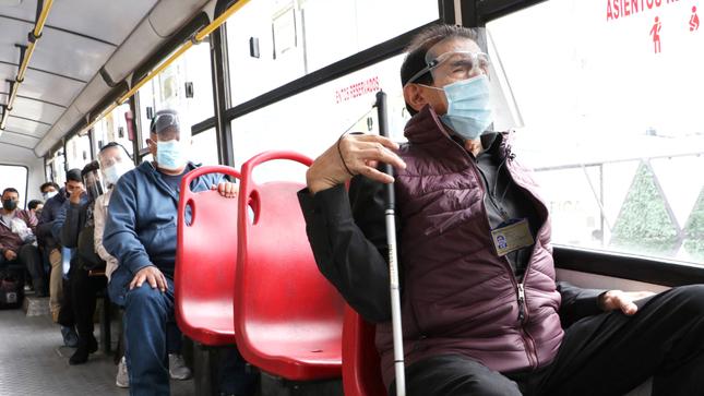 Personas con discapacidad severa tendrán acceso libre en transporte público